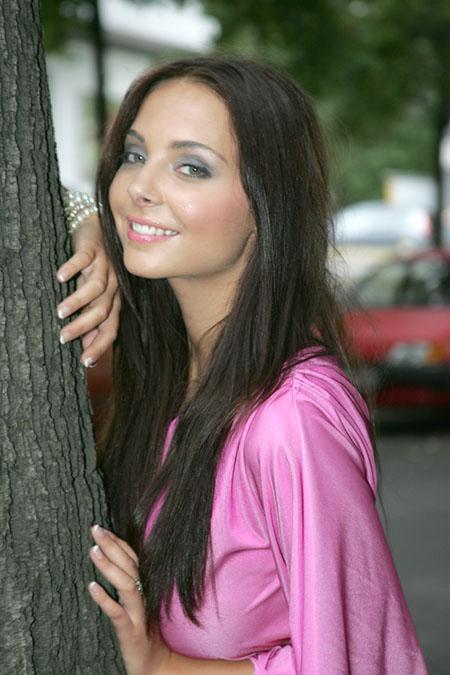 Anastasia Abasova - Finalistin aus Sommermädchen 2009 (Pro 7) bekommt neues Sommer Make up in silber /schwarz im Studio von Rene Koch